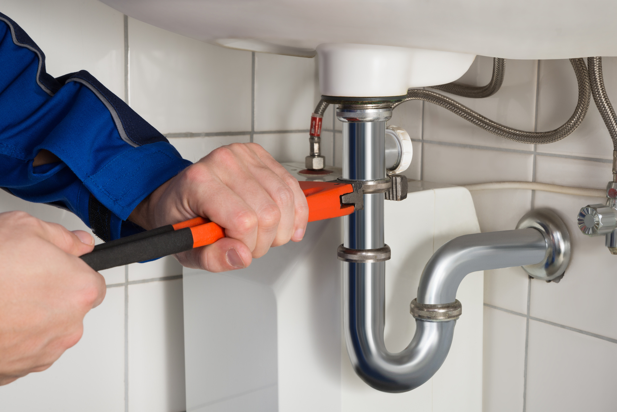 pipe maintenance - Pipe Maintenance for Your Winter Home
