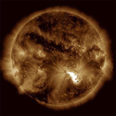 1518339000 magnetic cages on the sun could limit the strength of dangerous solar flares - Magnetic 'cages' on the Sun could limit the strength of dangerous solar flares